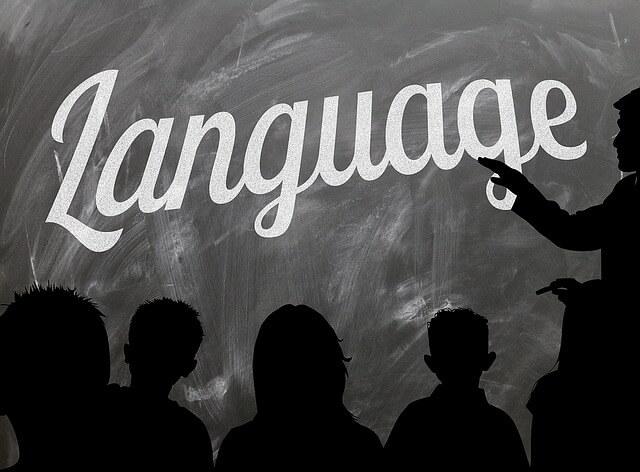 Szybka nauka języka – kilka porad jak stać się miejscowym