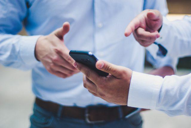 Obecność w mediach społecznościowych a poszukiwanie pracy