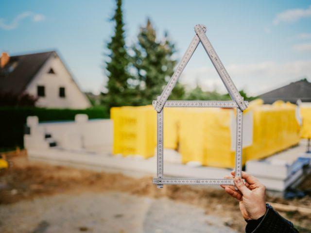 Budowa domu – etapy krok po kroku